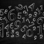 Numerologie: Das bedeutet Deine Geburtszahl