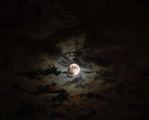 Das macht der Mond mit der Liebe