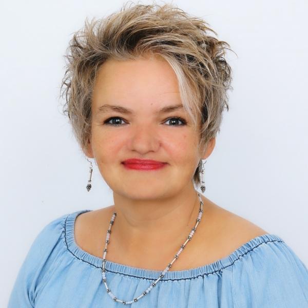 Hellsehen & Wahrsagen - Berater: LaStrada